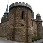Toucy (89) La tour des évêques
