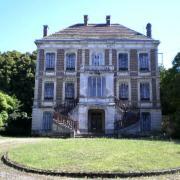 Toucy (89) La villa des Pins