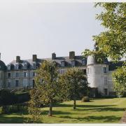 Toucy (89) Le château de la Motte-Miton