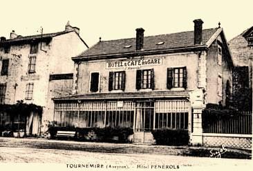 Tournemire (Aveyron) CPA L'hôtel