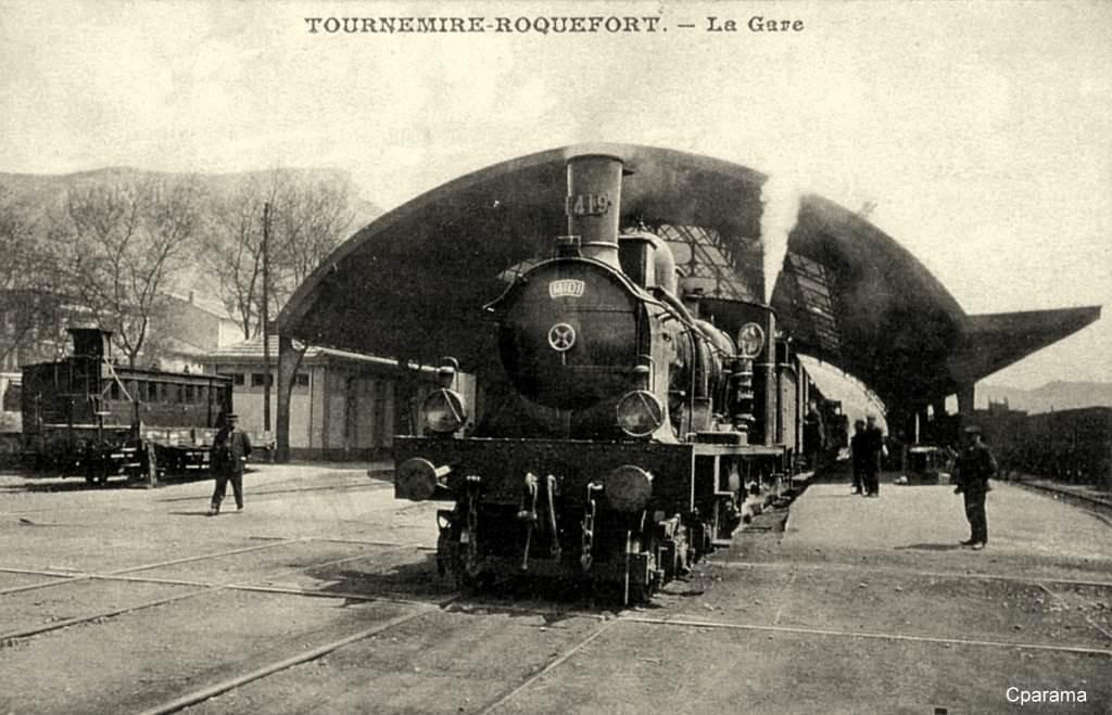 Tournemire (Aveyron) CPA La gare