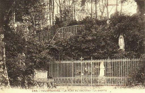 Tournemire (Aveyron) CPA Le parc du couvent
