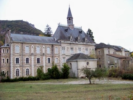 Tournemire (Aveyron) Le couvent