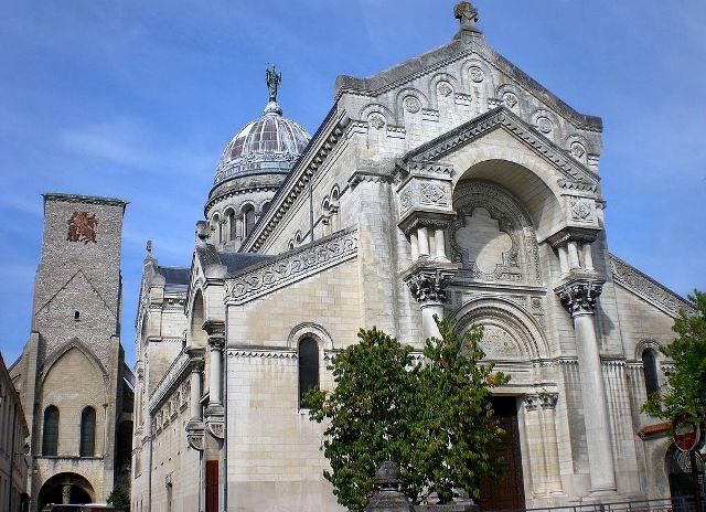 Tours (37) Basilique Saint-Martin
