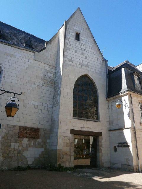 Tours (37) Eglise Saint-Denis (centre musical)