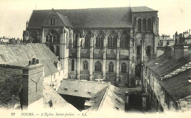 Tours (37) Eglise Saint-Julien CPA