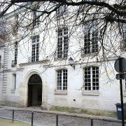 Tours (37) Hôtel rue Litré
