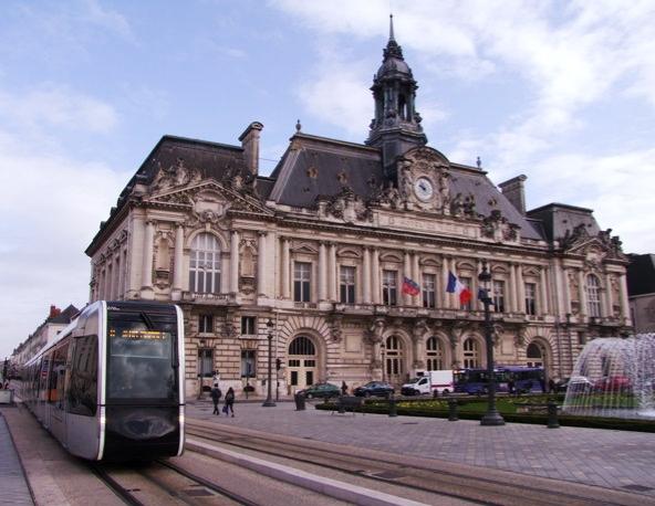 Tours (37) l'Hôtel-de-ville