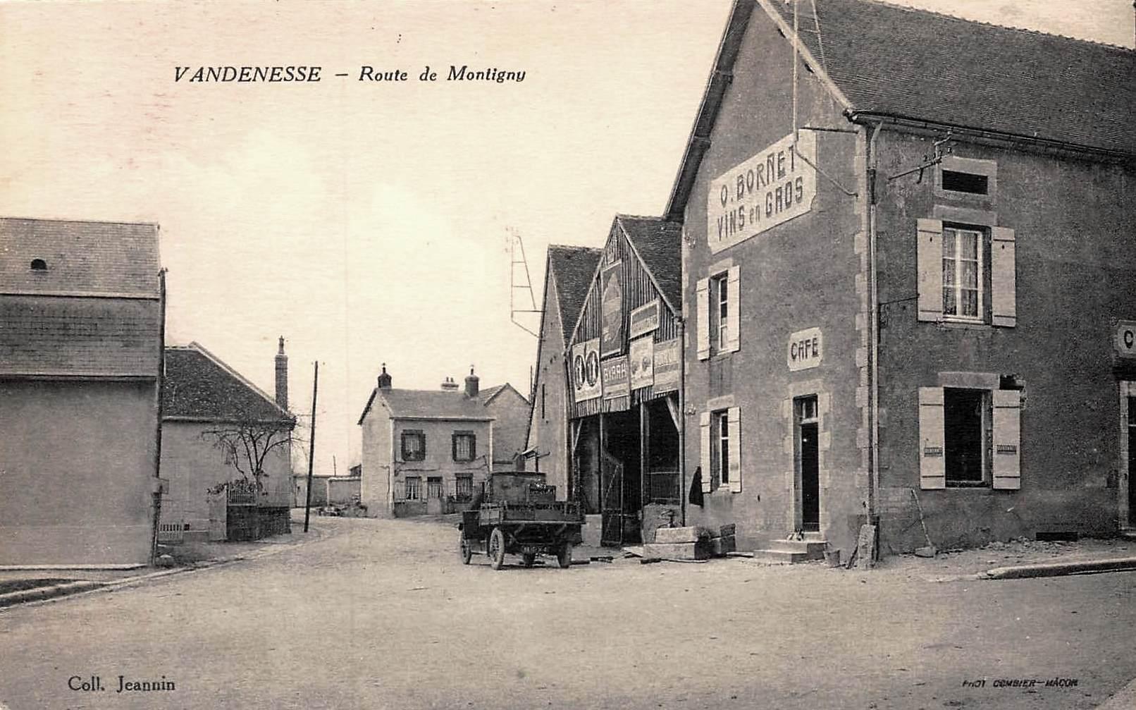 Vandenesse (Nièvre) La route de Montigny CPA
