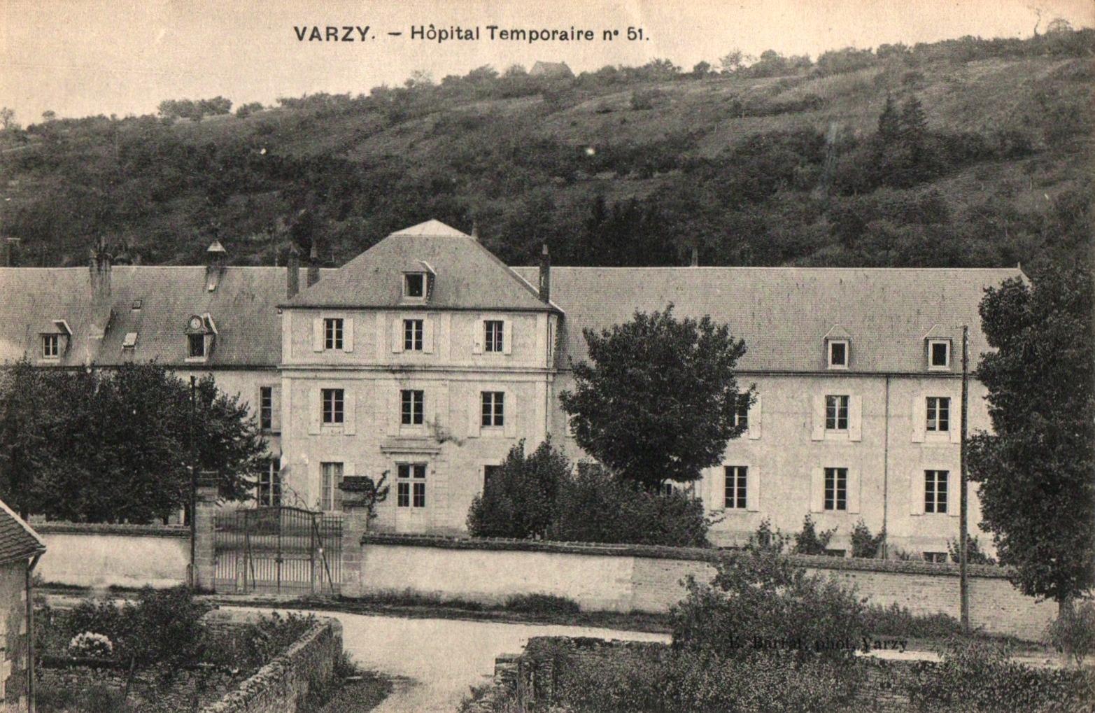 Varzy (Nièvre) L'école Normale, Hôpital temporaire 1914-1918 CPA