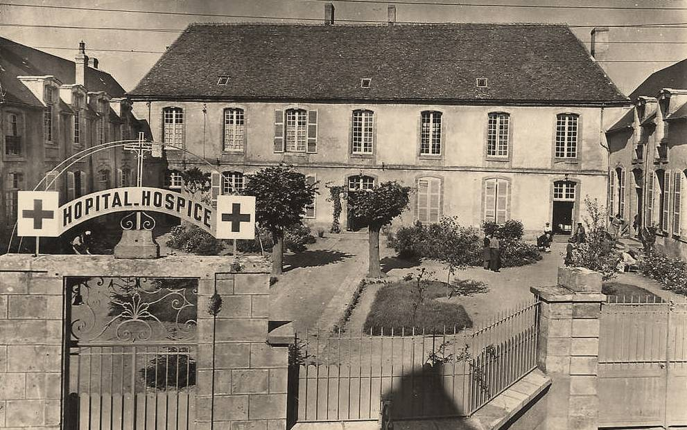 Varzy (Nièvre) L'Hospice CPA