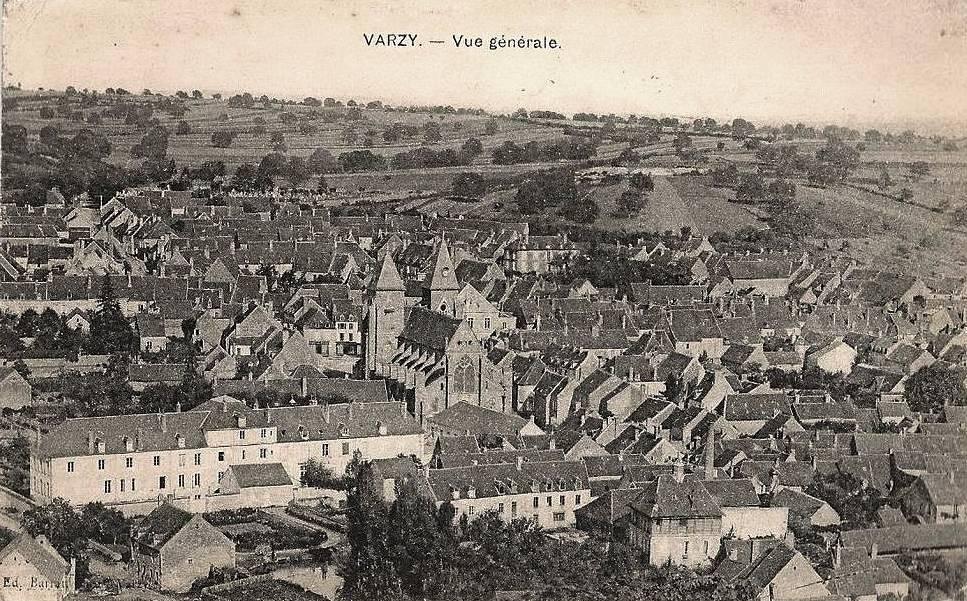 Varzy (Nièvre) Vue générale CPA