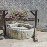 Vaudemont 54 le puits de la rue du puits