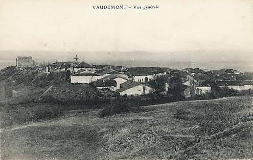 Vaudémont 54 vue générale cpa