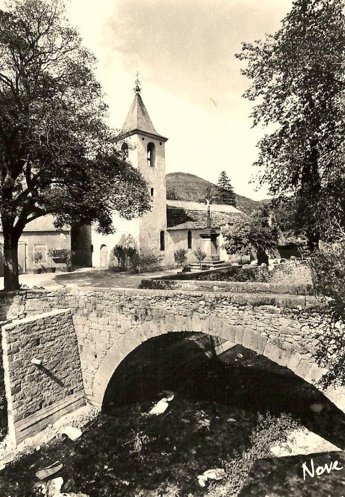 Versols-et-Lapeyre (Aveyron) CPA Versols, le pont du Versolet