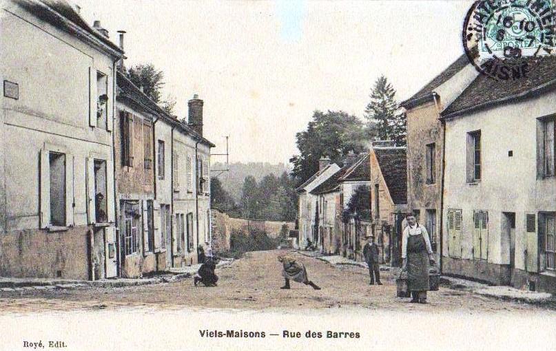 Vieils-Maisons (Aisne) CPA rue des Barres