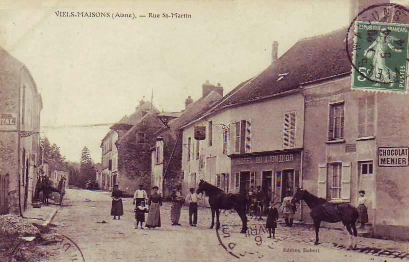 Vieils-Maisons (Aisne) CPA rue Saint Martin