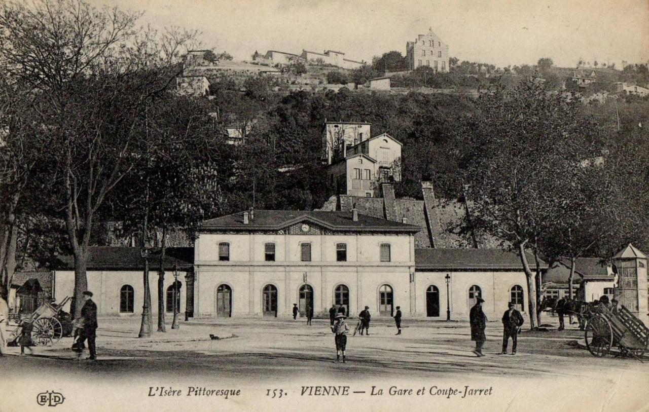 Vienne (Isère) La gare CPA