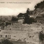 Vienne (Isère) Le théâtre antique CPA