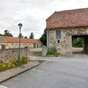 Villers-en-Prayères (Aisne) la rue des petites écuries