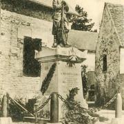 Vorges (Aisne) CPA Monument aux morts