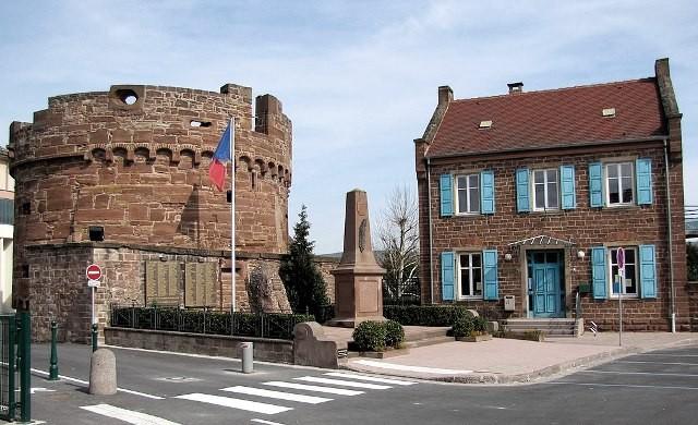 Wasselonne 67 la tour ronde du chateau