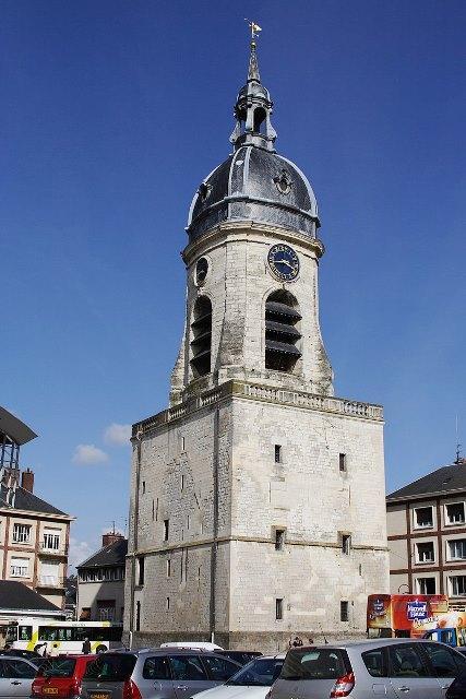 Amiens somme le beffroi