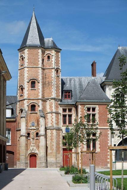 Amiens somme le logis du roy