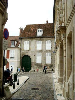 Clermont 60 maison de masson et bernanos